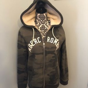 Abercrombie & Fitch Fleece Hoodie